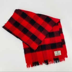 Hudson Bay buffo plaid red and black scarf